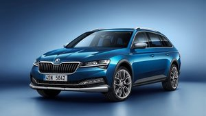 Skoda Superb Scout.