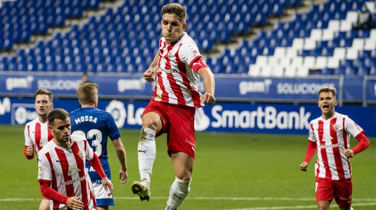 El Almería consiguió los tres puntos ante el Oviedo