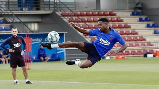 El Barça se entrena pensando en el Villarreal