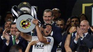 El Barça reacciona demasiado tarde y se queda sin Copa (ES)
