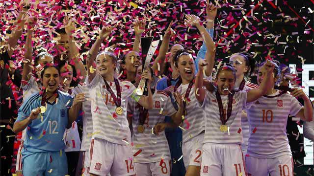 Celebración y declaraciones de la Selección de Fútbol Sala tras conquistar la Eurocopa
