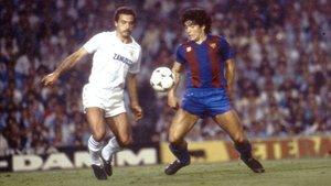 Diego Armando Maradona durante su etapa en el Barça