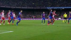 Esta es la jugada que Fernando Torres reclamó penalty