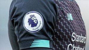 El fútbol inglés continúa trabajando para su regreso