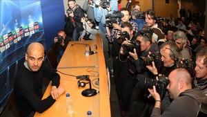 A Guardiola no le gusta la prensa española