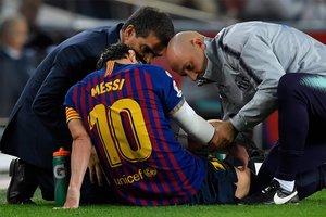 La imagen de la lesión de Leo Messi en el Camp Nou ante el Sevilla