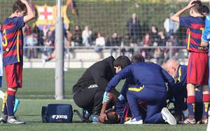 Los gestos de sus compañeros ya hacían pensar que la lesión de Anssumane Fati era importante