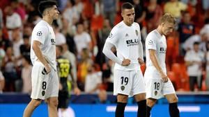 Los valencianistas, abatidos tras la derrota contra la Juve