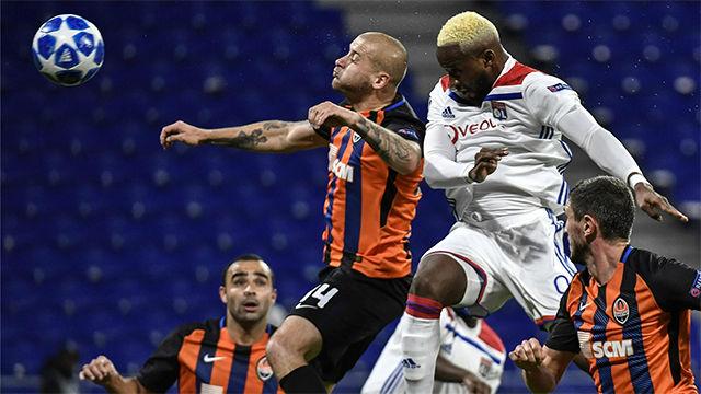 El Lyon empata en dos minutos al Shakhtar