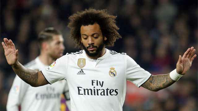Tú, Marcelo, a tu ritmo. El madridista tardó demasiado en tapar a Malcom en el gol
