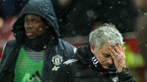 Mourinho explicó por qué le quitó la capitanía a Pogba