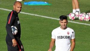 Radamel Falcao conoció a Thierry Henry en el entrenamiento de este jueves