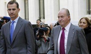 El Rey Juan Carlos I abandona España por la ¿repercusión de acontecimientos pasados¿