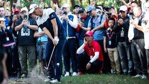Rose sigue líder en la clasificación mundial de golf