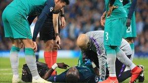 Sissoko se lesionó en la primera parte del Manchester United - Tottenham