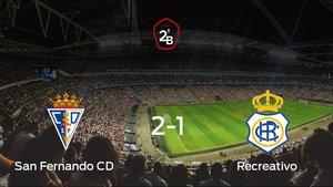 Triunfo del San Fernando ante el Recreativo (2-1)