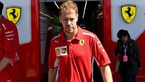 Vettel pierde en Japón parte de sus aspiraciones por el mundial