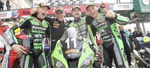 Guarnoni, Checa y Nigon celebran el triunfo en Le Mans
