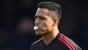 Alexis, a un paso de salir del Mancher United