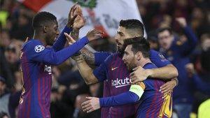 Dembélé, Luis Suárez y Messi celebran un gol en el Barça-Olympique Lyon