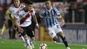 Exequiel Palacios jugó contra el Gremio de Porto Alegre