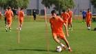 Isaac Cuenca sigue entrenando con el Reus a pesar de no poder jugar