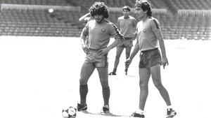 Maradona y Mágico coincidieron en una pequeña gira del Barça por los Estados Unidos