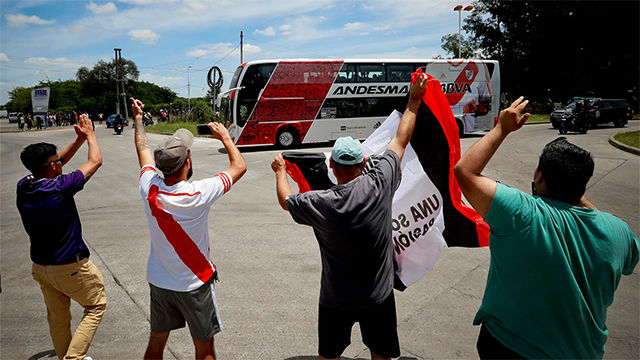 Modesta despedida al River Plate en Argentina
