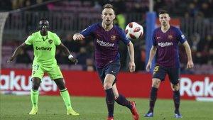 Rakitic volvió al equipo titular en Copa