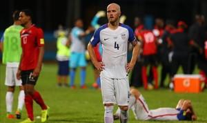 El rostro de Michael Bradley refleja la decepción del equipo estadounidense