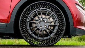 Nuevo Michelin Uptis en un Chevrolet Bolt EV.