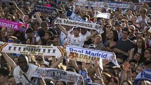 La afición del Madrid se acordó de Piqué