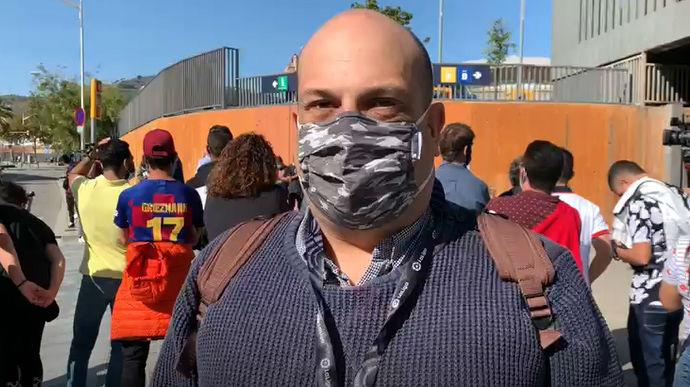 Ambiente atípico en los aledaños del Camp Nou