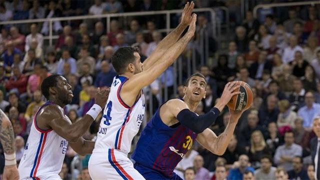 El Barça Lassa, al borde del KO tras perder contra el Efes en el Palau
