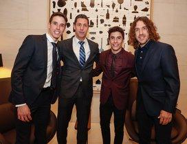 Capdevila se fotografió con los Márquez y Puyol
