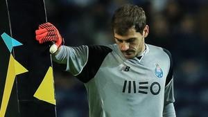 Casillas, con los días contados en Portugal