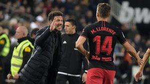 El entrenador del Atlético, Diego Pablo Simeone, acabó muy satisfecho de sus jugadores en Valencia