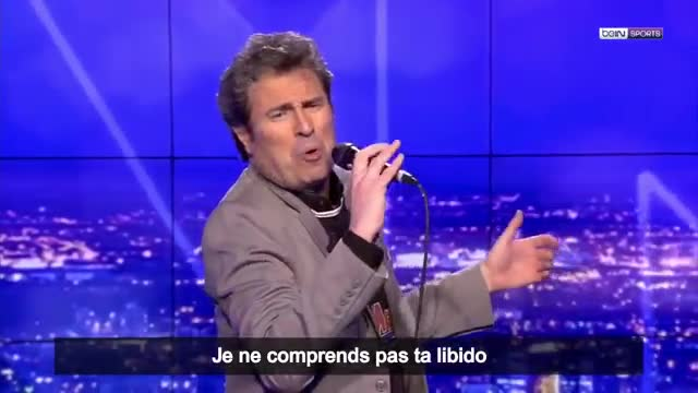 Un exfutbolista canta una canción en la que le pide a Cristiano Ronaldo que fiche por el Barça