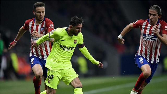 Filipe Luis necesitó una brújula después de este regate de Messi