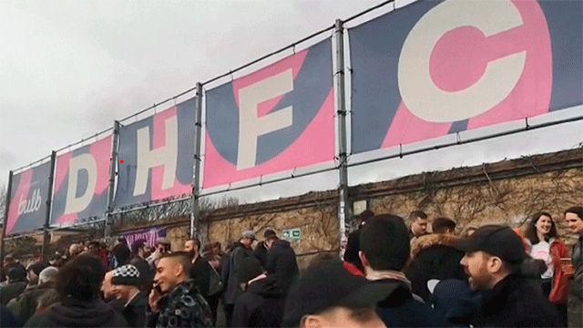 El fútbol amateur se resiste al coronavirus en Inglaterra