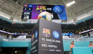 Las mejores imágenes del partido FC Barcelona - Nápoles en el estadio Hard Rock de Miami.