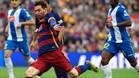 Leo Messi suele ser la gran pesadilla del Espanyol en los derbis