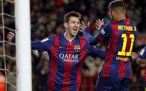 Messi decidió el derbi con una actuación de otro nivel