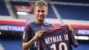 Neymar fue presentado como jugador del PSG el 4 de agosto de 2017