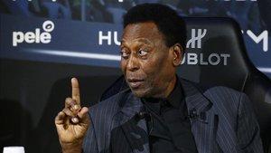 Pelé ha cumplido 80 años sin festejos
