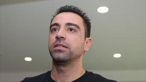 Xavi Hernández, vía libre para entrenar en el fútbol profesional