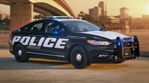 Coche de policía autónomo de Ford