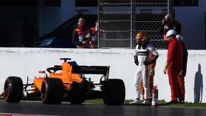 Vandoorne pilota el McLaren en el Circuit de Barcelona - Catalunya