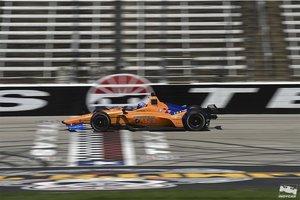 Alonso, durante su primer test con el McLaren Indy