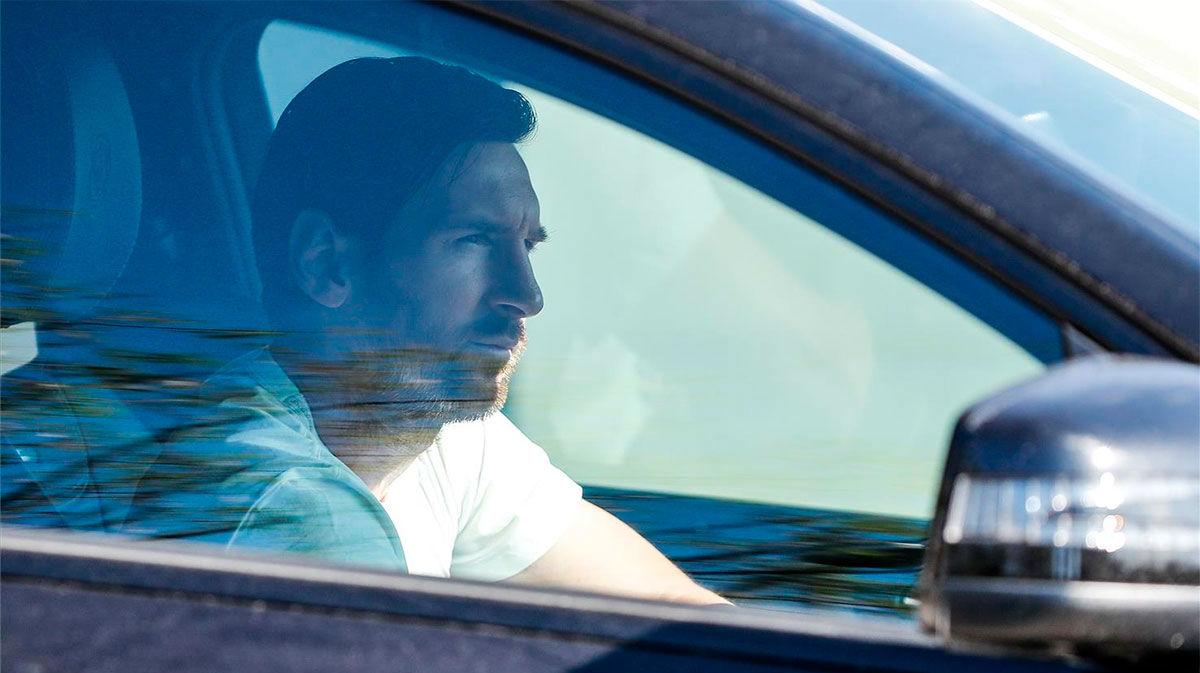 La llegada de Messi a la Ciudad Deportiva para realizar los test del coronavirus